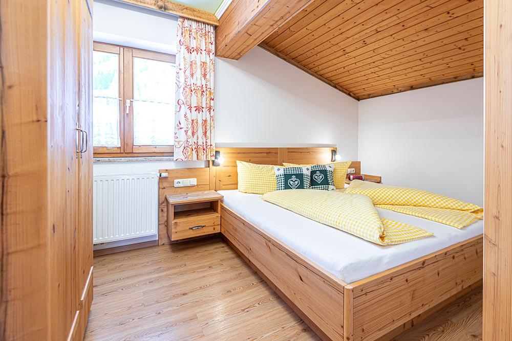 Ferienwohnung Rosengarten - Schlafzimmer